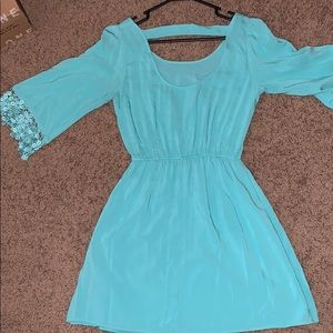 Charlotte Russe Dresses - Midi long sleeve dress